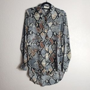NWT : Gray Snake Skin Print Button Down